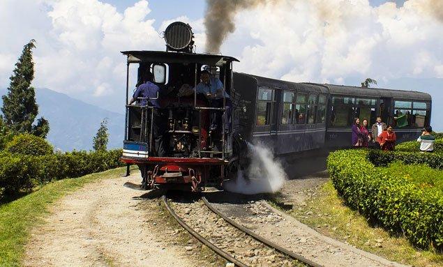 Kolkata Sikkim Darjeeling Delhi Tour