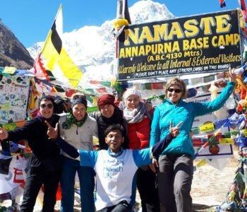 Im Oktober 2019 reisten wir für 3 Wochen über Yoga-Asien-Reisen nach Nepal